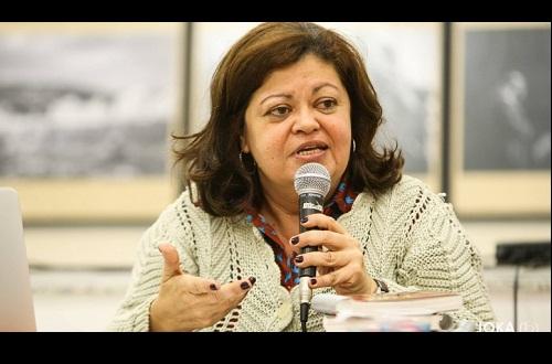 Entrevista com Claudia Santiago para o Informativo dos Comerciários de Ipatinga